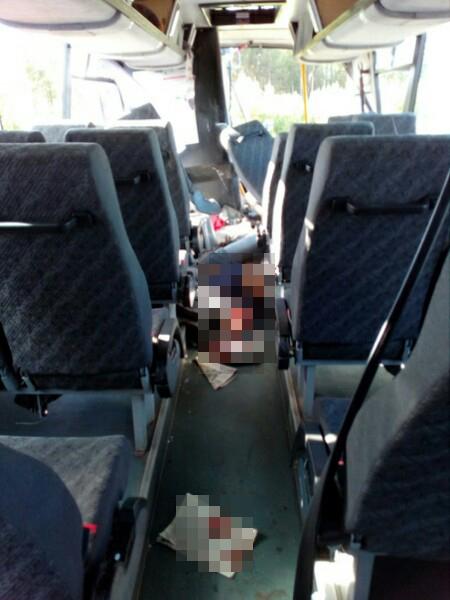 Авария с участием рейсового автобуса и катка произошла на трассе М-5 под Златоустом