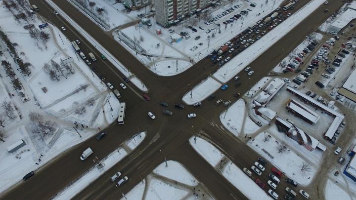 Сверху виднее. Разбираем проблемы перекрестка, который признан одним из самых опасных в Красноярске