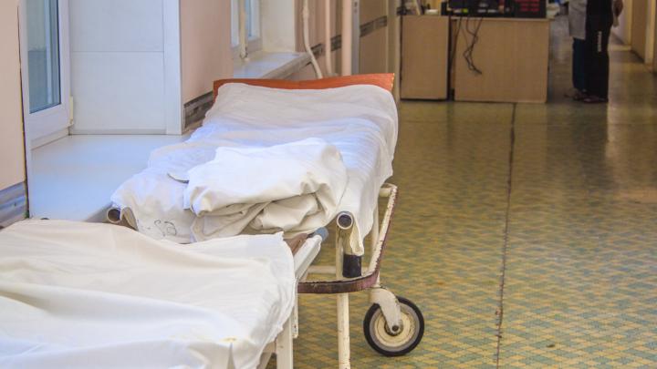 «Она даже сидеть не могла. Только лежала»: мама ученицы школы №81 о состоянии дочери