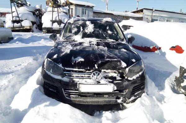 На автомобиле после произошедшего остались повреждения