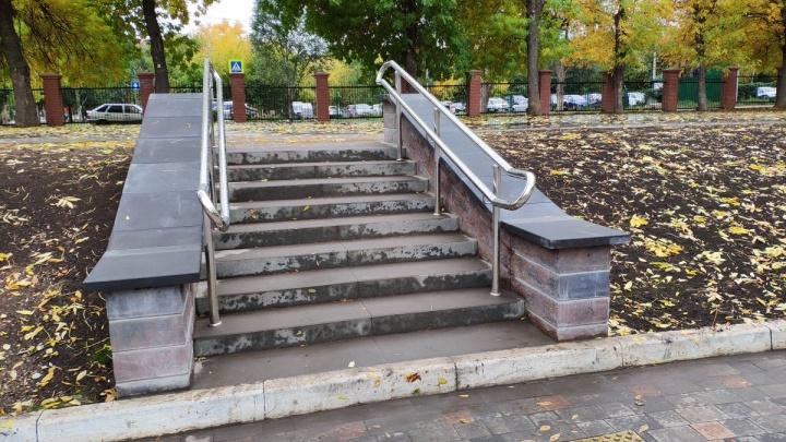 Еще больше плитки: парк Металлургов готовят к открытию