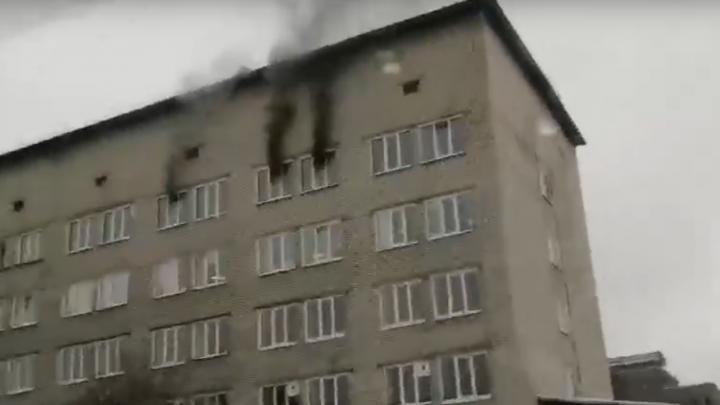 В Соликамске из горящей больницы эвакуировали 22 пациента