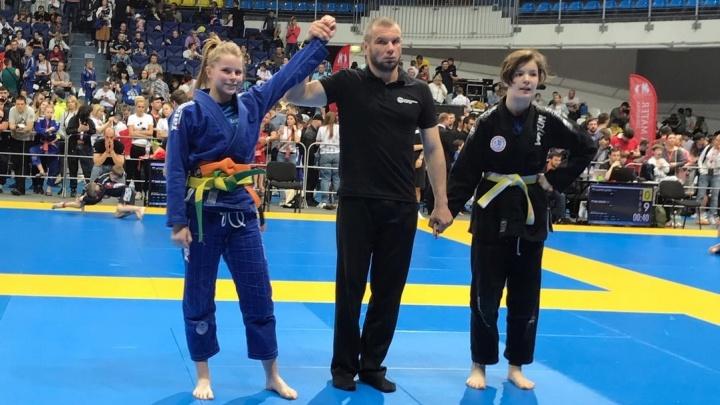 Девочки из Екатеринбурга взяли шесть медалей на международном турнире по бразильскому джиу-джитсу