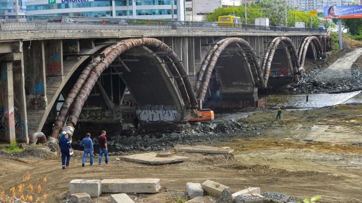 В Екатеринбурге на полгода раньше начали строить дублёр Макаровского моста