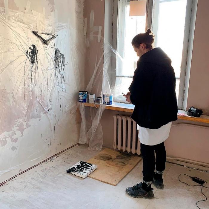 Уральский художник Рома Бантик создал произведение, деньги с продажи которого пойдут на благотворительность