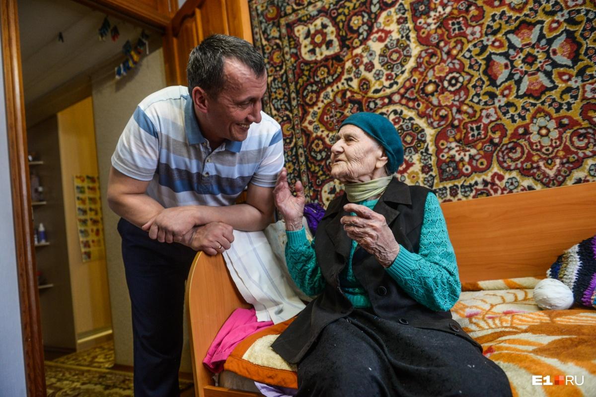 Ирина Никитична с внуком Владиславом