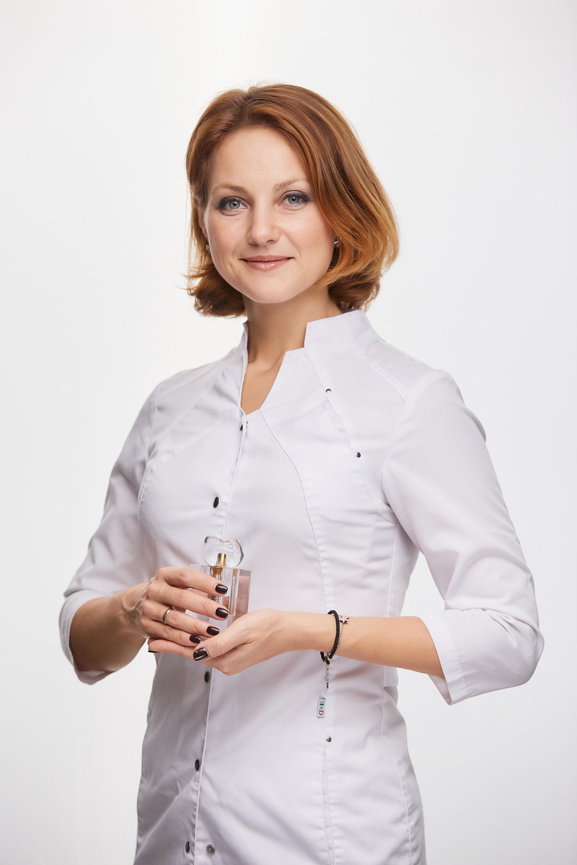 Главный врач клиники — хирург-имплантолог Ольга Гейде