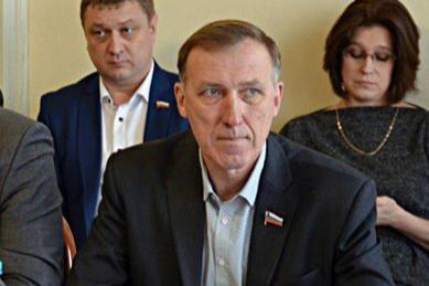 Знакомые говорят, что в последнее время у депутата Владимира Корнилова были проблемы