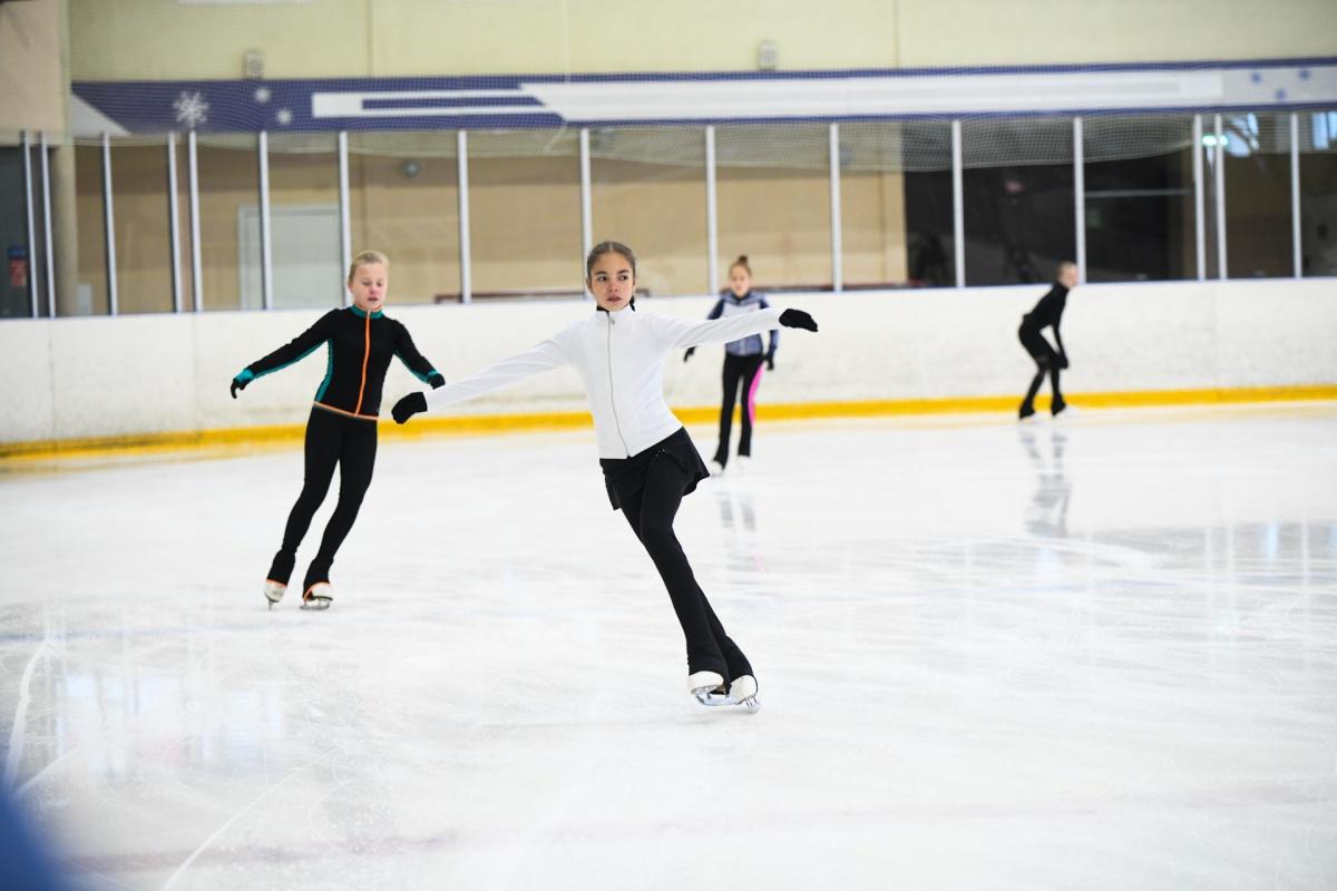 Лед в «Снежинке» заливают перед каждой тренировкой