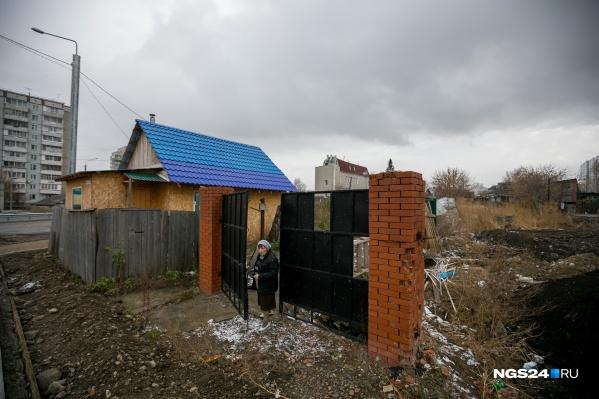 Дом на Луначарского, 130, который обещали расселить еще в октябре