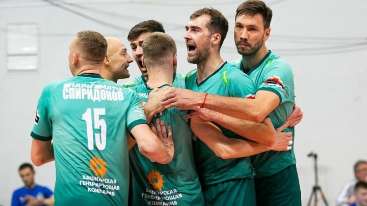 Волейбольный «Урал» в трёх сетах обыграл «Белогорье»