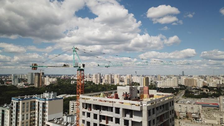 «Ботаника, ты просто космос!»: какую высоту решил взять район советских многоэтажек