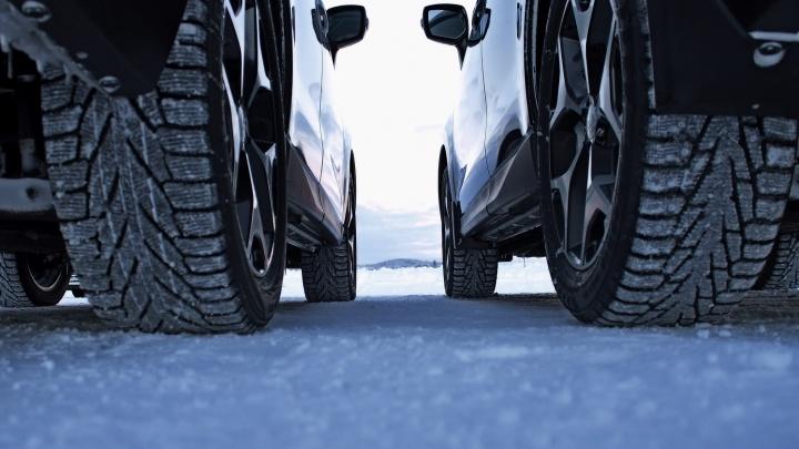 Автомобилистам рассказали, когда менять летние шины на зимние