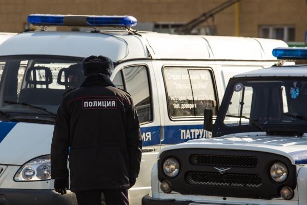 Сейчас полиция проверяет обстоятельства избиения школьника