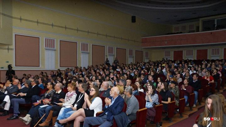 К 2022 году в Прикамье создадут сеть социальных кинозалов. В планах властей — 92 площадки