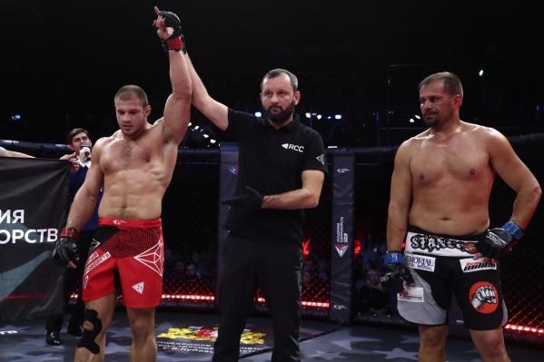 Иван Штырков не проиграл ещё ни одного поединка