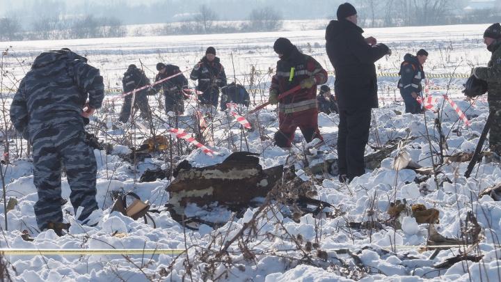 Первая информация будет через сутки: эксперты МАК начали расшифровку бортовых самописцев Ан-148