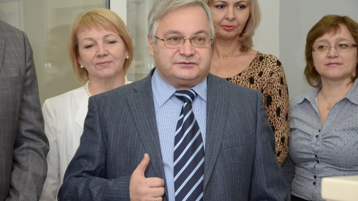 Минздрав назначил нового главу НИИТО вместо арестованного Садового
