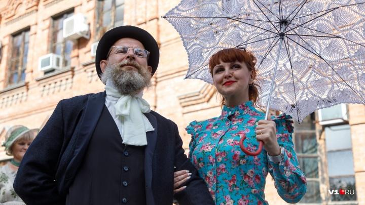 Найти жениха и поднять на дыбы городничего: волгоградцев вернули на старинную ярмарку Царицына