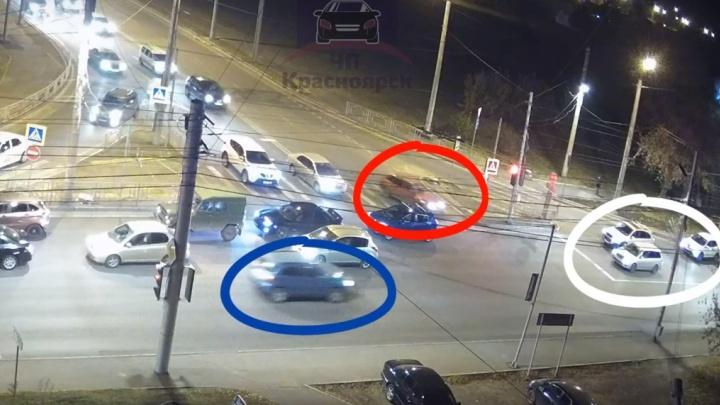 Неосторожные водители собрали ДТП в цветах триколора на перекрестке Копылова и Киренского