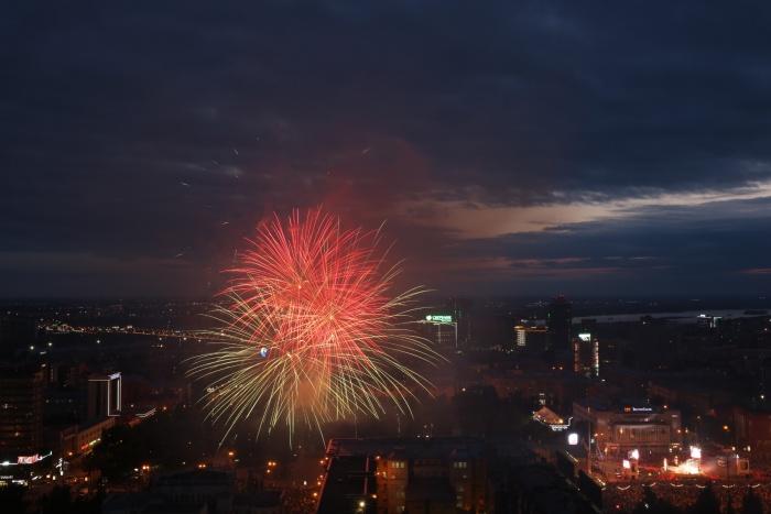 Салют на День города в Новосибирске 25 июня