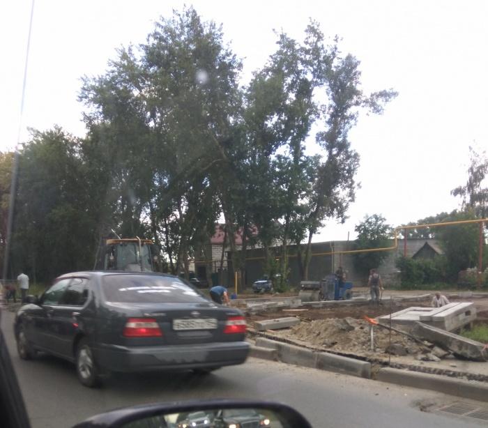 Строительство дороги к Мочищенскому шоссе продолжается