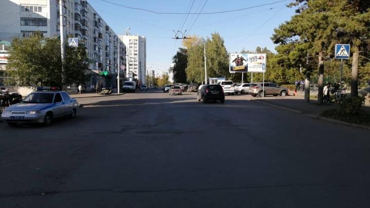 В Уфе на пешеходном переходе сбили двухлетнего ребенка: автомобиль скрылся