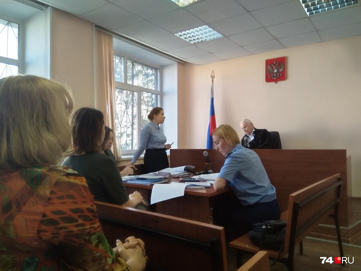 В торговом реестре не оказалось данных об изменении состава учредителей в фирме Янова