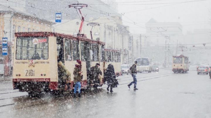 Челябинских транспортников, запоздавших с выбором перевозчиков, вызвали в УФАС