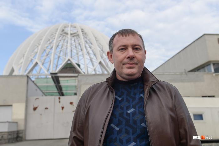 Александр Авраменко третий день в Екатеринбурге, раньше он возглавлял Самарский цирк
