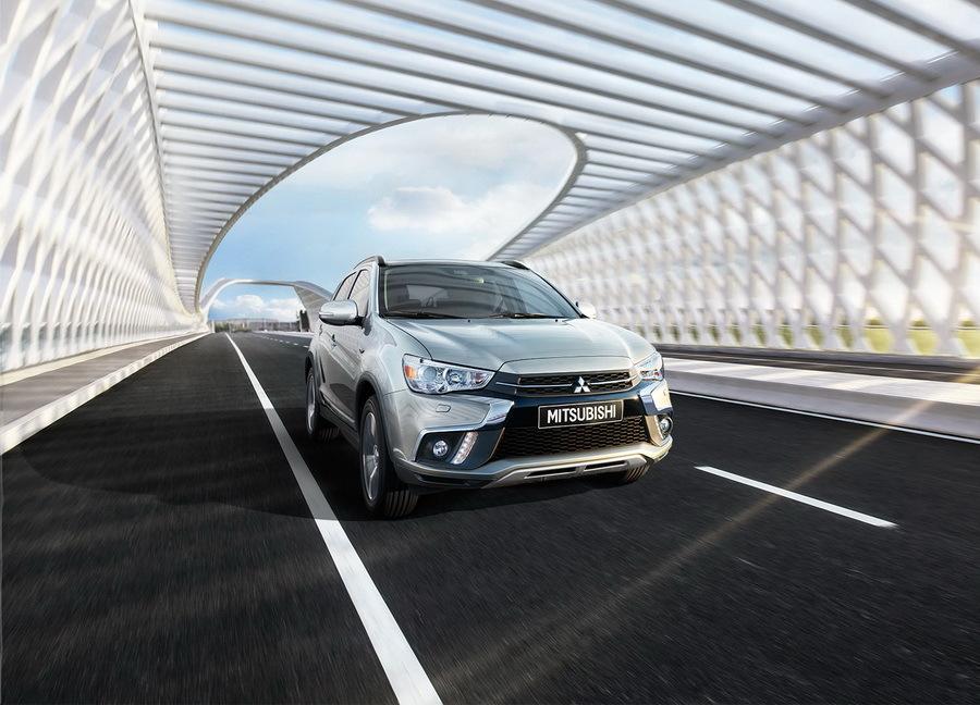 Mitsubishi назвала цены на новую модель в линейке (фото)
