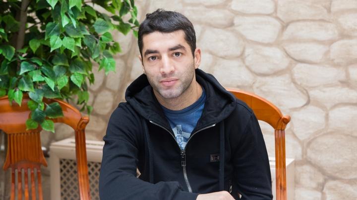 «Его нельзя недооценивать»: Михаил Алоян проведёт бой с южноафриканским боксёром в Екатеринбурге