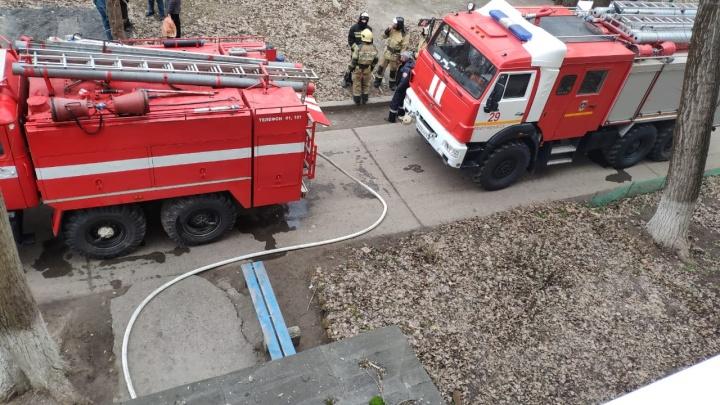 В Новочеркасске при пожаре погибли два человека