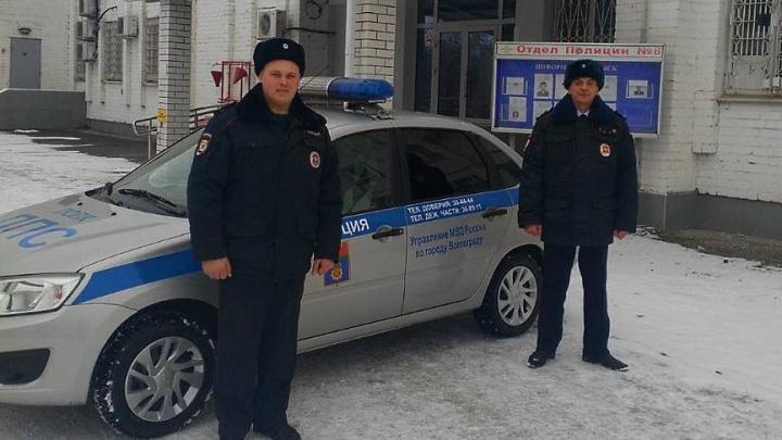 Стоял посреди улицы совсем один: в Волгограде заблудился пятилетний малыш