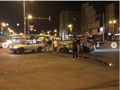 Из-за неработающих светофоров на Вейнбаума — Маркса столкнулись 4 авто