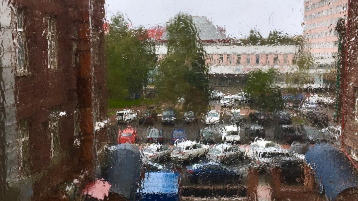 Это не слезы, это просто дождь: 10 атмосферных осенних фото из архангельских инстаграмов