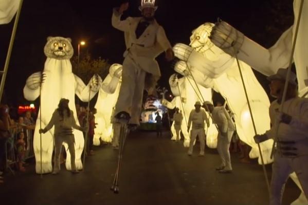 Гигантские светящиеся медведи пройдут по улицам Красноярска