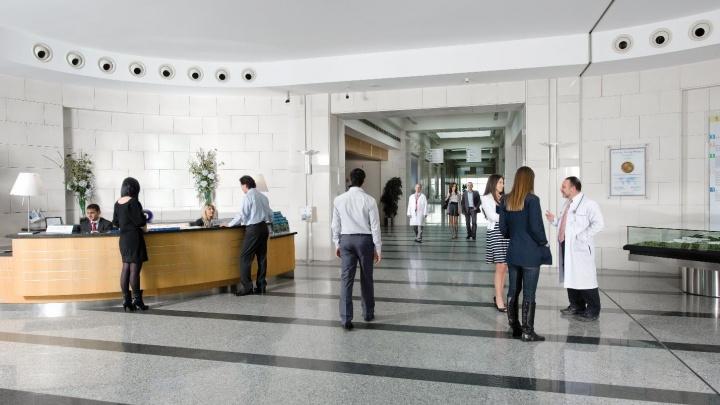 «В Москве только потеряли время и деньги» — почему с онкологией лечение зачастую проще начать за границей
