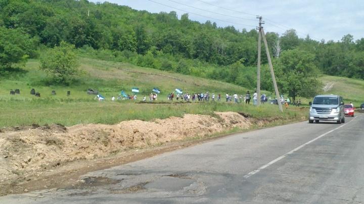 На йыйын приехал трактор: у подножия Куштау определяют задачи башкирского народа