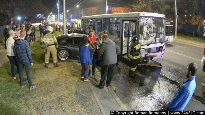 Авария на Высотной: разбираемся, кто въехал в автобус с пассажирами, и что стало причиной аварии