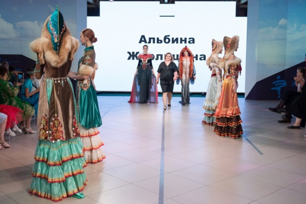 Этнодизайнер из Башкирии и ее работы на наших красавицах