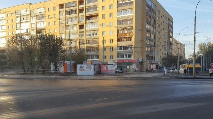На Старых Большевиков - Фрезеровщиков ночью разлилась коммунальная река