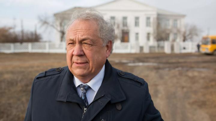 Отдыхал в Чехии каждый месяц: суд отказался лишать мандата депутата Заксобрания Челябинской области
