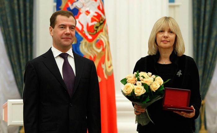 Вера Глаголева на вручении награды«Народный артист Российской Федерации»
