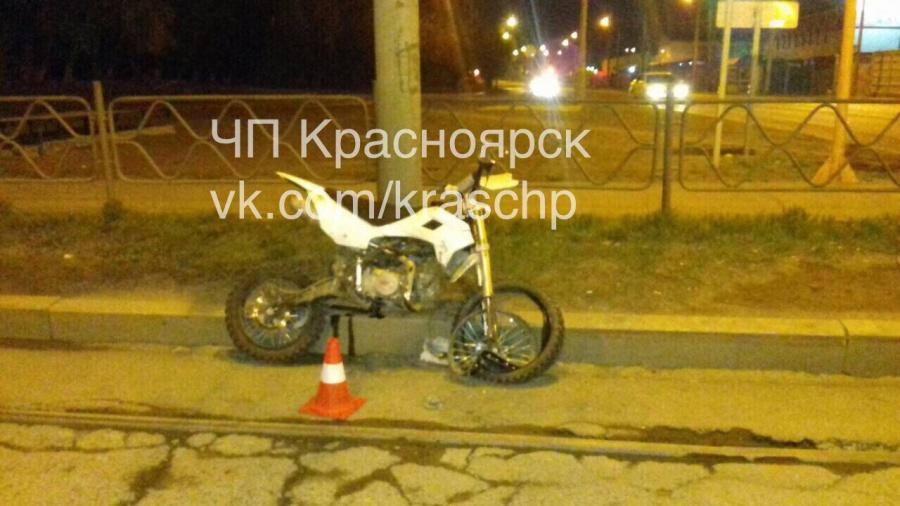 ВКрасноярске при ДТП пострадал нетрезвый 17-летний мотоциклист