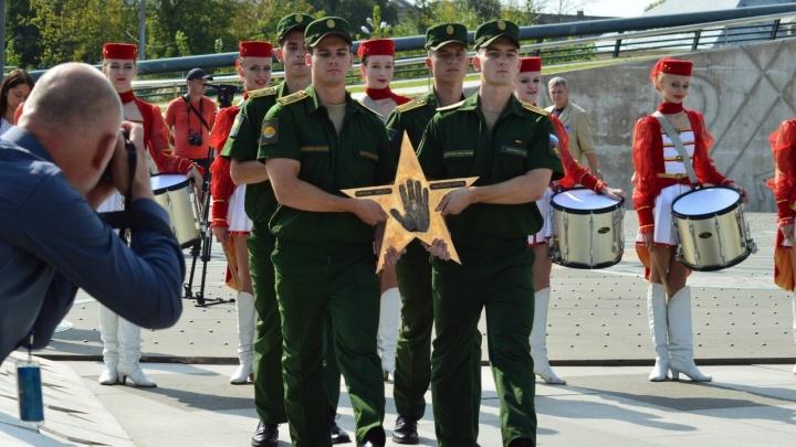 В Ярославле у планетария заложили новые звёзды в честь прославленных космонавтов