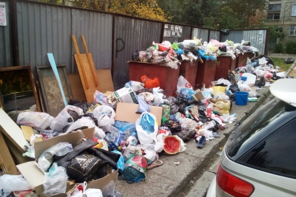 Челябинск погрузился в мусорный ад в первой половине сентября