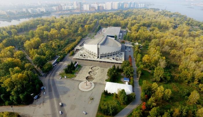 Дворец Ярыгина и «Белые росы» свяжут тротуаром и отремонтированной дорогой