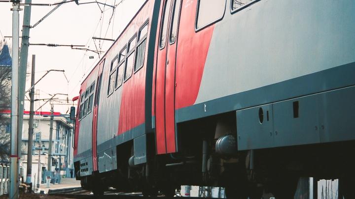 До пяти лет тюрьмы грозит мужчине за хулиганство в пригородном поезде