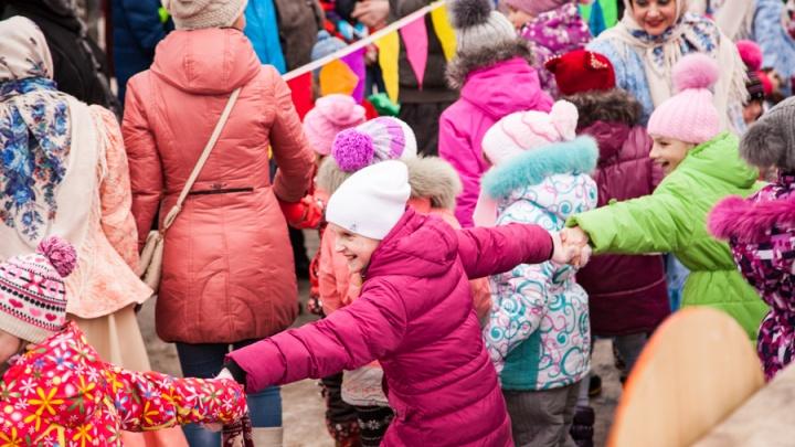 Крещение, гавайская вечеринка и музыка «Бунтарей»: как провести выходные в Архангельске вне дома